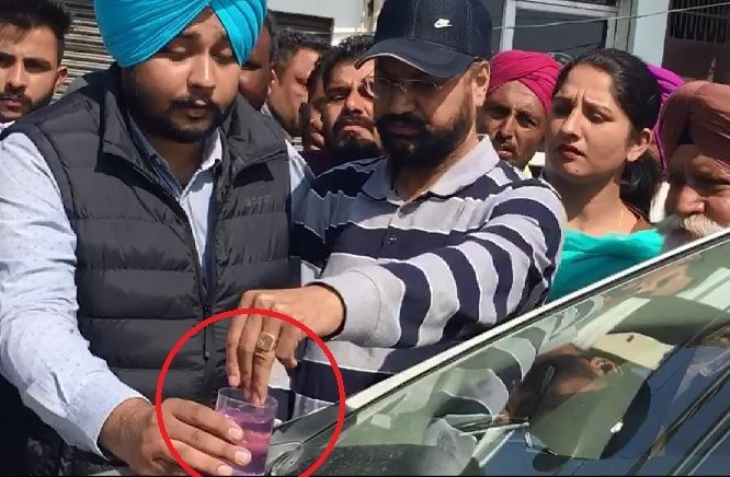 1-Red-Handed-Patiala-RTO-Gunman-arrested-in-Bathinda-accepted-bribe-from-truck-operators-compressed