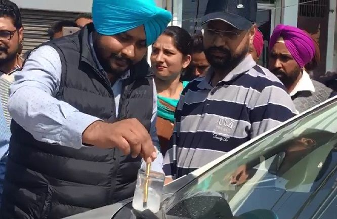4-Red-Handed-Patiala-RTO-Gunman-arrested-in-Bathinda-accepted-bribe-from-truck-operators-compressed