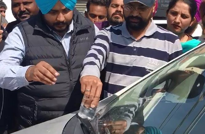 7-Red-Handed-Patiala-RTO-Gunman-arrested-in-Bathinda-accepted-bribe-from-truck-operators-compressed