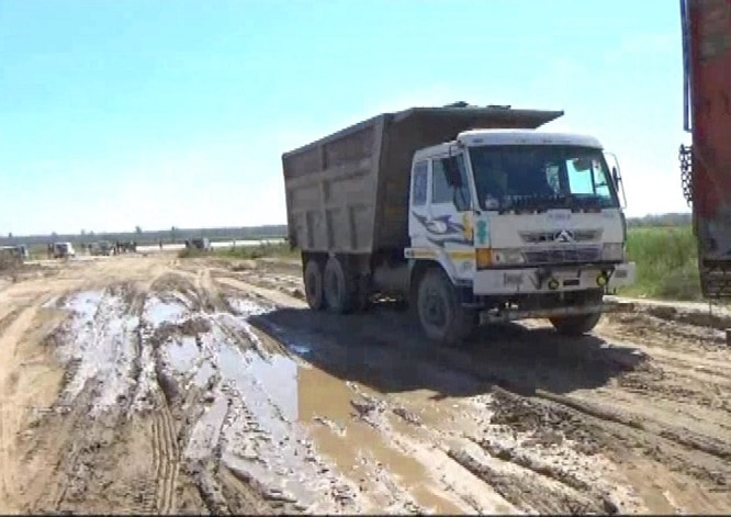 Illegal-mining-busted-in-Sutlej (2)