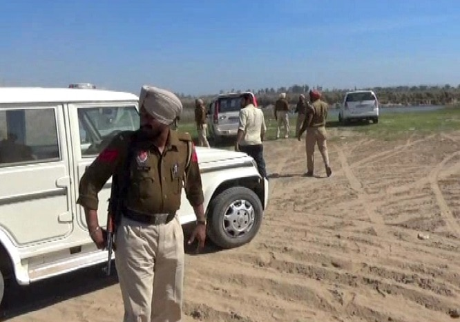 Illegal-mining-busted-in-Sutlej (3)
