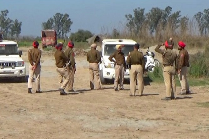 Illegal-mining-busted-in-Sutlej (8)