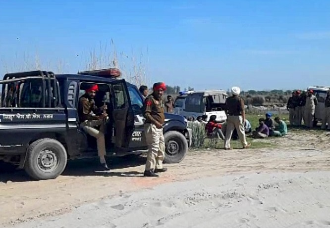 Illegal-mining-busted-in-Sutlej (11)