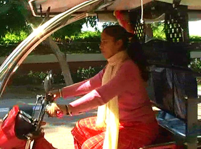 4-Patiala-Female-Auto-drivers-shalu-pinki
