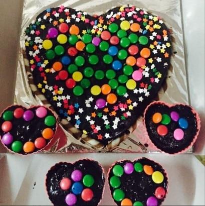 Birthday Cake Nisha Images : IN PICS:  Nisha  aka Aneri Vajani s unseen birthday ...