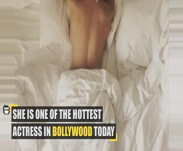 OMG! POPULAR Bollywood actress caught sleeping TOPLESS !
