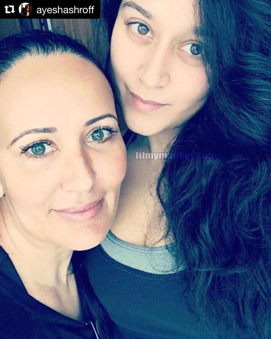 Jackie Shroffs Daughter Krishna