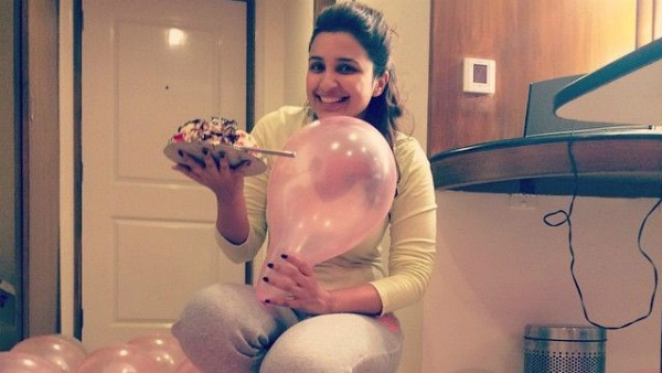 Watch Video ! How fans surprised Parineeti on her birthday
