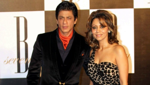 ED summons Shah Rukh Khan and his wife Gauri for personal hearing in FEMA case!