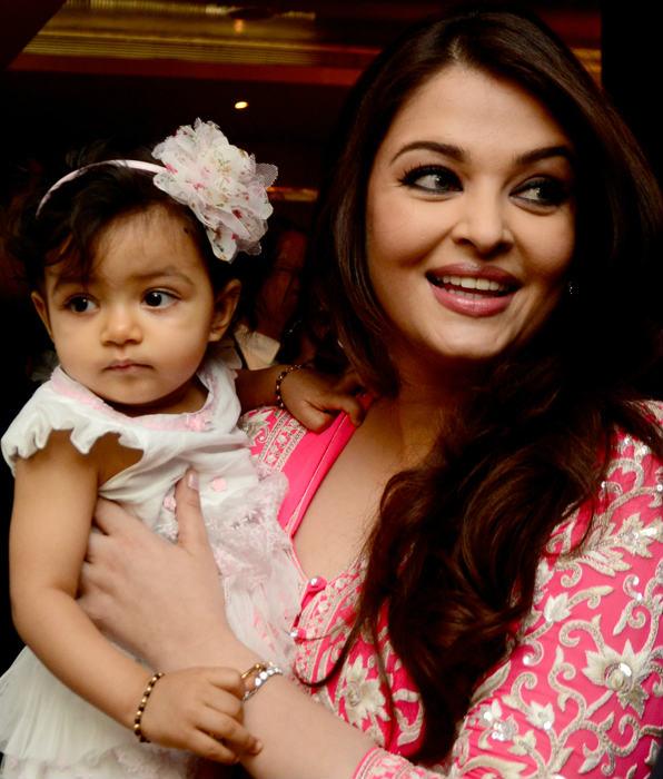 aaradhya-bachchan-first-year-birthday