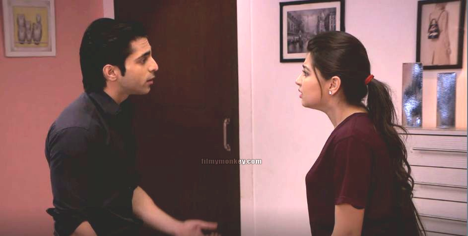 Things took an ugly turn when 'Raman' finds 'Suhail' visiting 'Ruhi' in her room in the night and with brother 'Romi' they beat him up badly