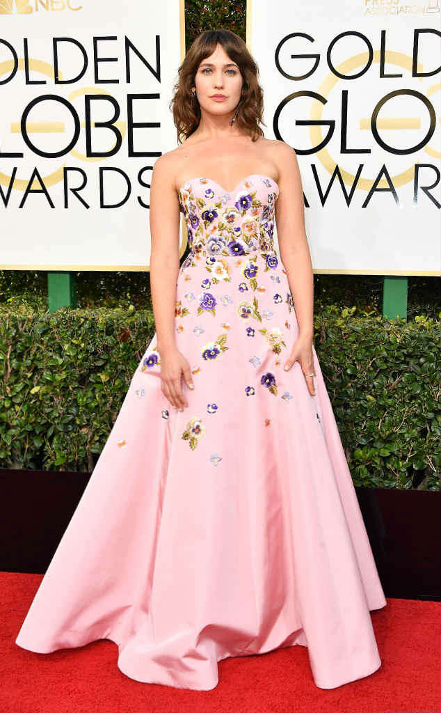 Lola Kirke looked pretty in her pink gown