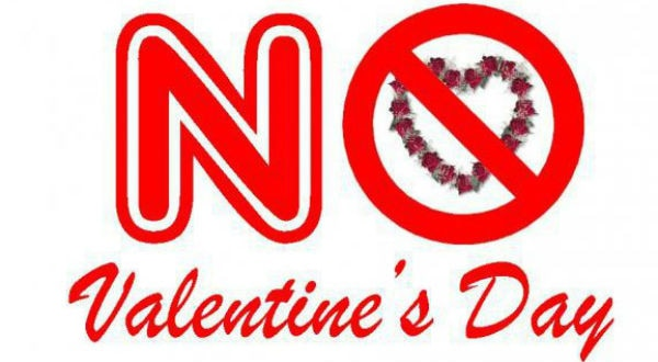 Pakistan court BANS Valentine's Day celebrations!