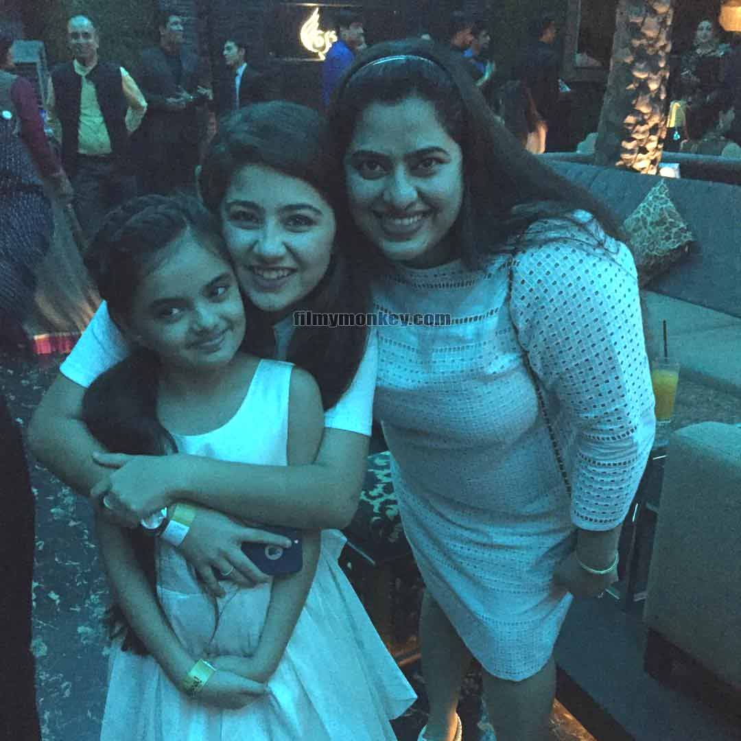 Aditi Bhatia posing at a party with little Ruhaanika and her mother Dolly Dhawan