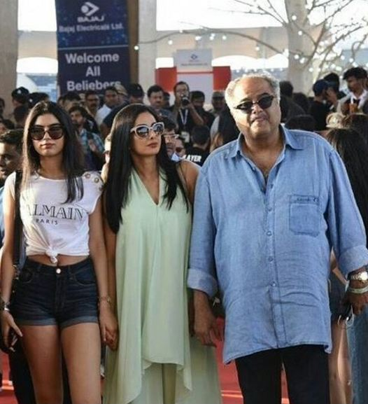Sridevi with husband Boney Kapoor and daughter Khushi Kapoor at Justin Bieber concert(Pic: Instagram)