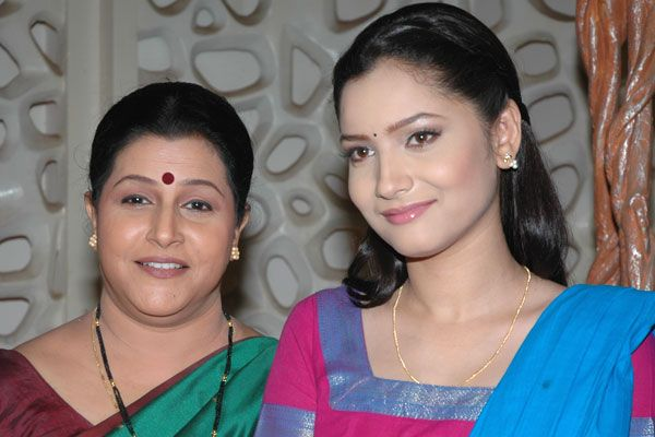 Savita Prabhune with her on-screen daughter & 'Pavitra Rishta' co-actor Ankita Lokhande