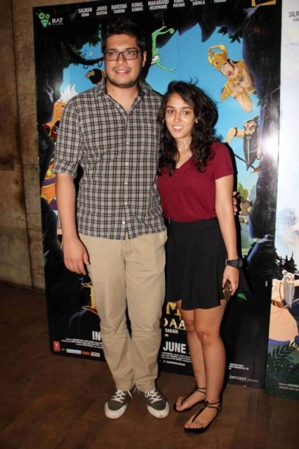 The gallery for --> Aamir Khan Son Junaid Daughter Aira