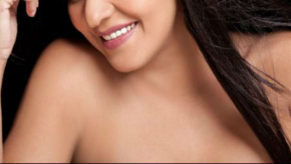 OUCH! EX Bigg Boss contestant Monalisa posts seemingly TOPLESS PIC on Instagram; Fans post vulgar comments!