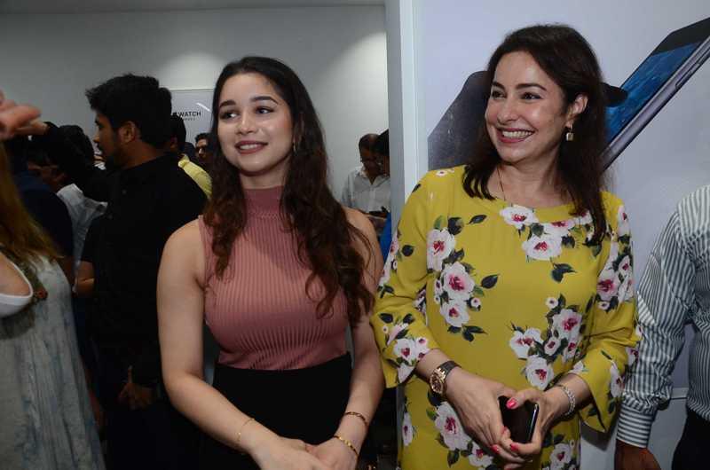 PICS: Sachin Tendulkar\'s 19-year-old daughter Sara looks ... Sachin Tendulkar Daughter