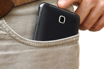 4-mobile risk to fertility of men who keep devices in pocket