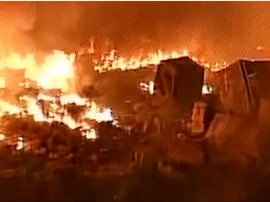 દિલ્લી: રિઠાલાની ઝૂંપડપટ્ટીમાં ભીષણ આગ, લાખો રૂપિયાના નુકસાનની શંકા