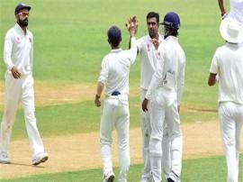 વર્ષના અંતમાં ICC ટેસ્ટ રેંકિંગમાં ટીમ ઈંડિયા, અશ્વિન અને જાડેજાએ મચાવી ધમાલ, જાણો