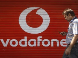 Vodafone માત્ર 16 રૂપિયામાં આપશે અનલિમિટેડ 4G ડેટા, 7 રૂપિયામાં કરી શકાશે અનલિમિટેડ કોલ્સ