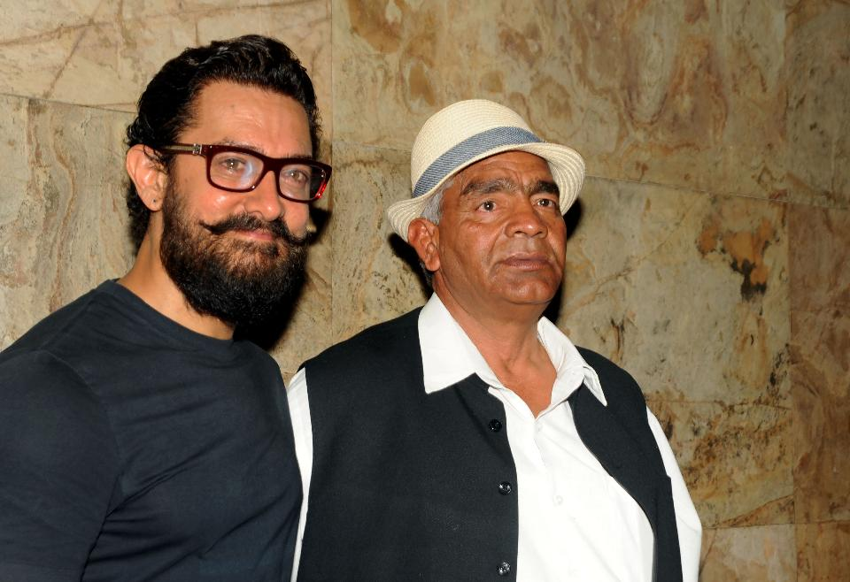 1-Mahavir Phogat Rejoices As Aamir Khan's 'Dangal' Breaks Speed Record To Create History