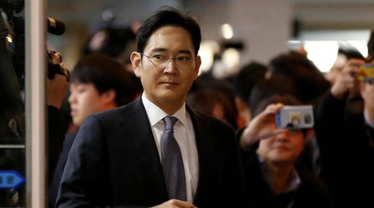 Samsung Electronics vice chairman Jay Y. Lee arrives to attend a hearing at the National Assembly in Seoul