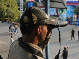 ભુજ: વિસ્ફોટકો સાથે એક પાકિસ્તાની ગુજરાતમાં ઘૂસ્યો, સુરક્ષા વ્યવસ્થા વધારાઈ