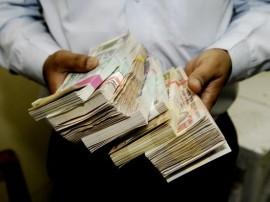 IMFની કેન્દ્રને સલાહઃ ગામડાઓમાં ફરીથી 500 અને 1000ની જૂની નોટો ચાલુ કરો