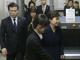 દક્ષિણ કોરિયાના પૂર્વ રાષ્ટ્રપતિ પાર્કની કરાઇ ધરપકડ, ભ્રષ્ટાચારનો છે આરોપ