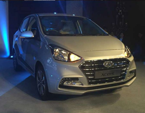 6-hyundai xcent facelift launched at rs 5 lakh 38 thousand