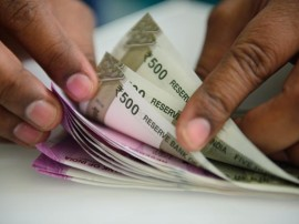 7th Pay Commission: લવાસા સમિતિએ જેટલીને અહેવાલ સોંપ્યો, 52 ભથ્થાં બંધ કરવાની ભલામણ