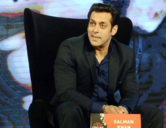 6-amitabh bachchan fees for kaun banega crorepati salman khan highest paid actor