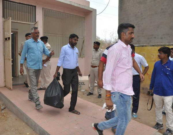 2-KETAN PATEL CUSTODIAL DEATH one constaben and one shopkeeper arrested