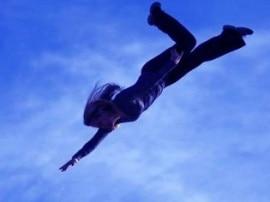 નોઇડાઃ છેડતીનો વિરોધ કરતા સગીરાને છત પરથી નીચે ફેંકી દીધી, હાલત ગંભીર