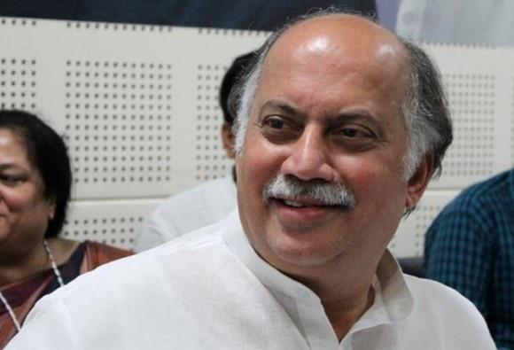 કોંગ્રેસના નેતા ગુરુદાસ કામત અને પરેશ રાવલે પાકિસ્તાની ક્રિકેટ ટીમને પાઠવી શુભેચ્છા, ટ્વિટર પર મચ્યો વિવાદ