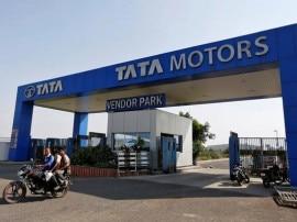 GST: ટાટા મોટર્સે કારની કિંમતમાં કર્યો ઘટાડો, જાણો કેટલી સસ્તી પડશે ટાટાની કાર