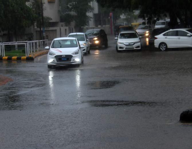1-Heavy rain continue in Saurashtra