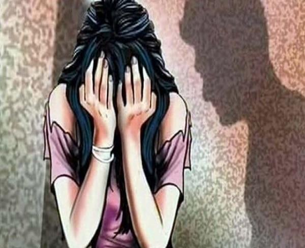 2-Woman Assaulted & Molested By Drunk Men_rape
