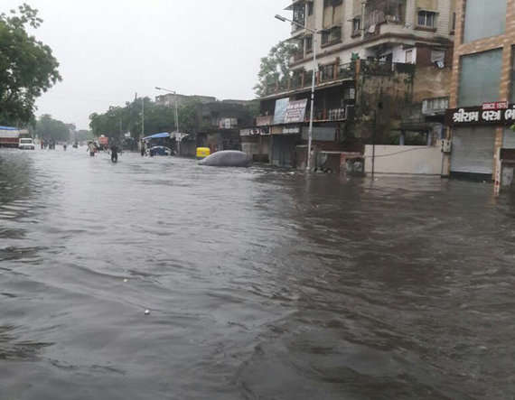 6-heavy rain in ahmedabad