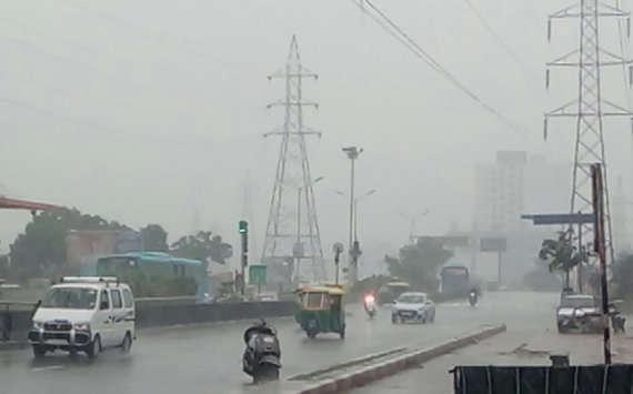સમગ્ર રાજ્યમાં ક્યારથી સળંગ 3 દિવસ પડશે અતિ ભારે વરસાદ?  જાણો ક્યા વિસ્તારનાં લોકો પર છે મોટો ખતરો ?