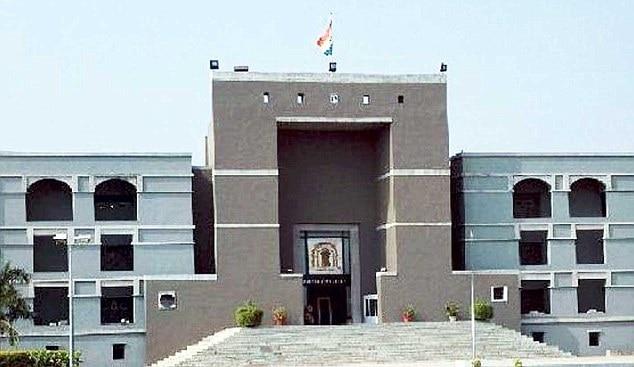 Gujarat High Court Ahmedabad 10Pubsep2009