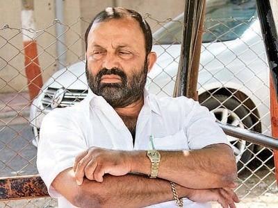 4-shoud vitthal radadiya be made minister in modi government, know what radadiya said