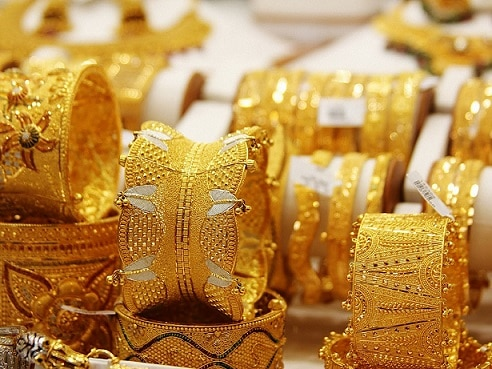 6-gold slumps to 10 mth low sheds rs 500 on global weakness