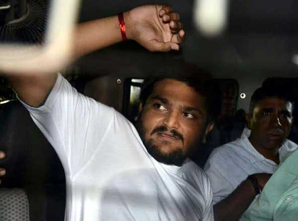 5-Patidar-leader-Hardik-Patel-aide-detained-in-'assault'-case-police-get-3-day-remand2