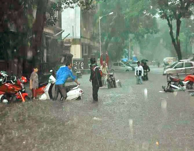15-5 Dead, Mumbai Told To Stay Home In More Heavy Rain