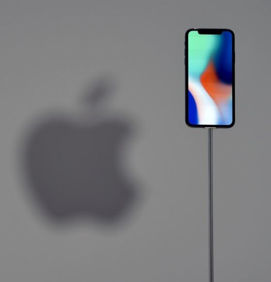 3-phone x launched at apple event features and price face id wireless charging