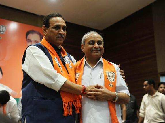 4-from-which-seat-vijay-rupani-and-nitin-patel-will-contest